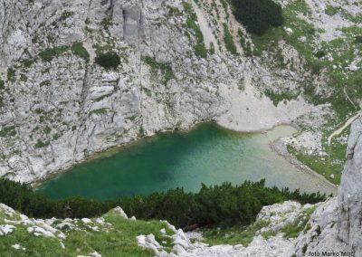 24 Sp. Kriško jezero od Pogačnikovega doma, 14.48