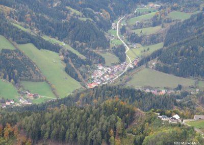 64 koča 'Steirer Jokl' - pogled v dolino, 12.09