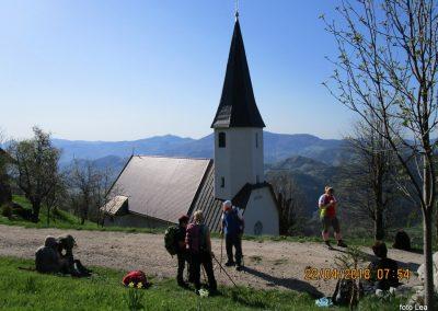 016 cerkev Sv Jošta, 955m, počitek, 8.54