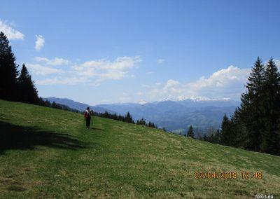 107 še zadniji pogled na Savinjske Alpe, 13.48