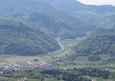 26 sestop s Tolstega vrha proti Čreti, pogled na Vransko, 10.57