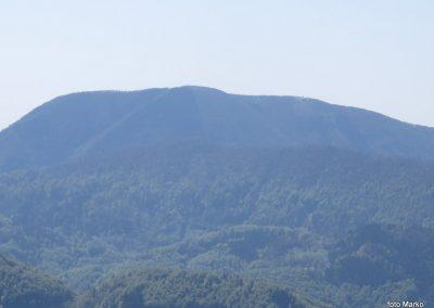 27 počitek na tazgledišču pri križu, pogled na Čemšeniško planino,11.28