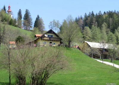 35 Planinski dom na Čreti, 875m, 12.00