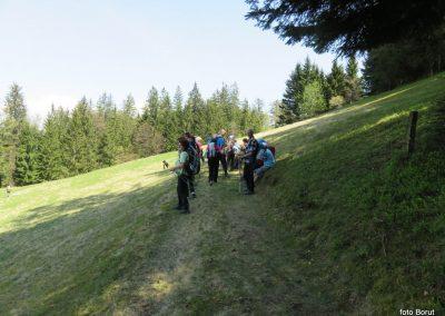 40 razgledujemo se proti severu s hriba Vrhe, 960m, 11.41