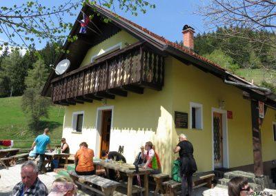 43 Planinski dom na Čreti, 875m, 13.19