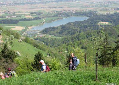 65 žovneško jezero od kmeta Brezovnika, 750m, 14.42