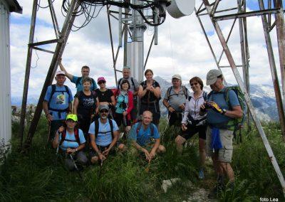 059 skupinska fotka za spomin na vrhu Stola, 1673m, 12.33