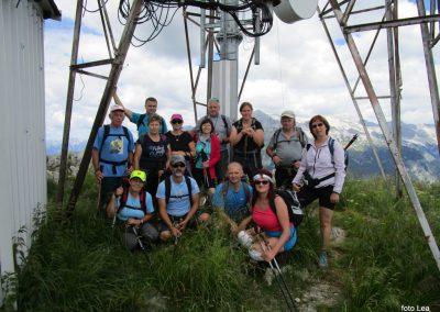 060 skupinska fotka za spomin na vrhu Stola, 1673m, 12.33