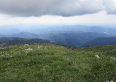 141 pogled na jug, spodaj dolina Soče