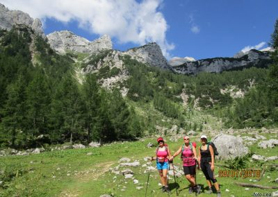 020 proti planini Zgornja Krma - 1520m, prvi pogled na Triglav, 11.13