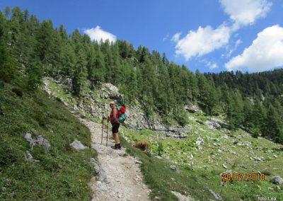 028 nekoliko bolj strmo proti planini Zgornja Krma, 11.39