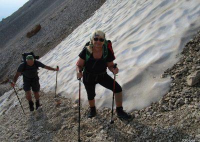 175 na začetku pot preči melišče pod Ržjo in nas pripelje na greben med Ržjo in Kredatico, 7.45