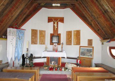 201 kapelica pri Triglavskem domu na Kredarici