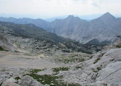 226 pred nam je dolina Krme, vrhovi bodo zmerja višji, 10.28