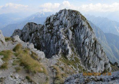 073 na vrhu Kamnitega lovca, 2071m, 13.05