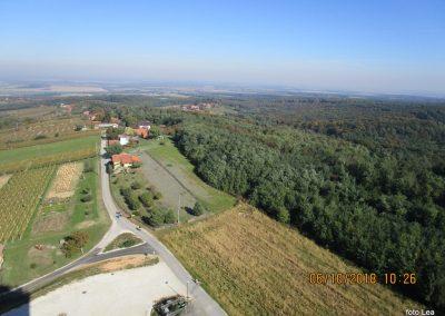 24 razgled z vrha stolpa Vinarium, 10.26