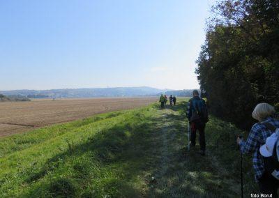 26 na poti od Dolge vasi do Velike Polane, pogled nazaj na Lendavske gorice,, 11.52