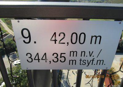 26 na vrhu stolpa Vinarium, 10.27