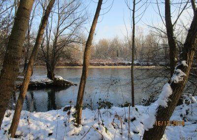 033 napoti skozi murski log do prazgodovinske naselbine, reka Mura, 9.42