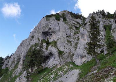 13 sestop z Govce proti Potočki Zijalki- vrh Obel kamen (1911m), 11.41