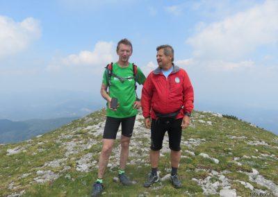 053 VZPON NA SNEŽNIK,na vrhu, Miran Nagode prišel-pritekel iz Logatca, 12.26