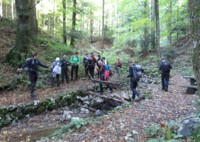 15 SLJEME, vzpon proti planinskemu domu na Hunjki - tu se pričnejo 'Horvatove stube', 10.23