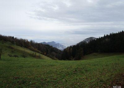 080 MRZLICA-KAL, na od planinskega doma na Kalu v naselje Marno, 11.24