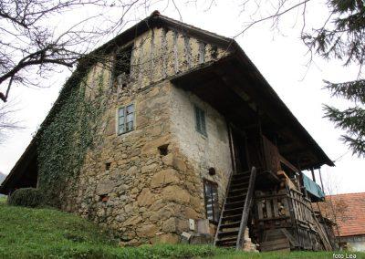 113 MRZLICA-KAL, na od planinskega doma na Kalu v naselje Marno, 12.50