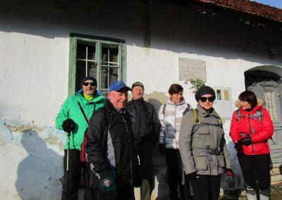 41 POHOD V NEZNANO - 8. december 2019, rojstna hiša dr. Karla Grossmana v Drakovcih, 9.57
